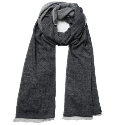 Beshlie-cashmere-herringbone-navy-scarf-loop