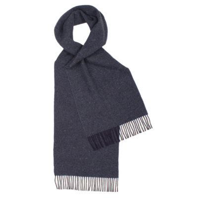 Glen-prince-navy-lambswool-scarf-loop