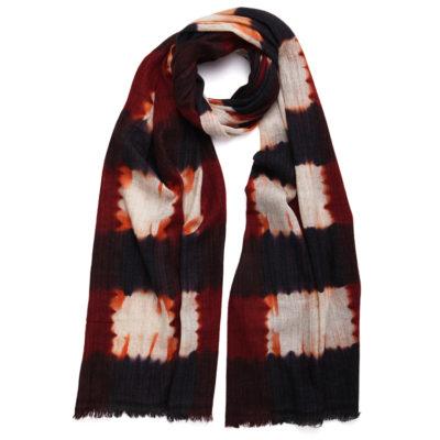 De-novembre-hand-dyed-merino-scarf-plaid-loop