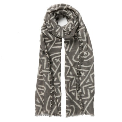Rose-and-Rose-grey-and-ivory-wool-scarf-Swaziland-loop