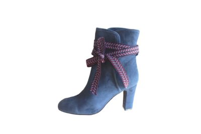 boots blue Ribbons