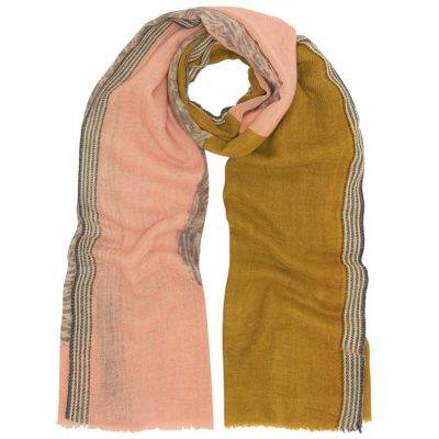 contrast colour bear scarf